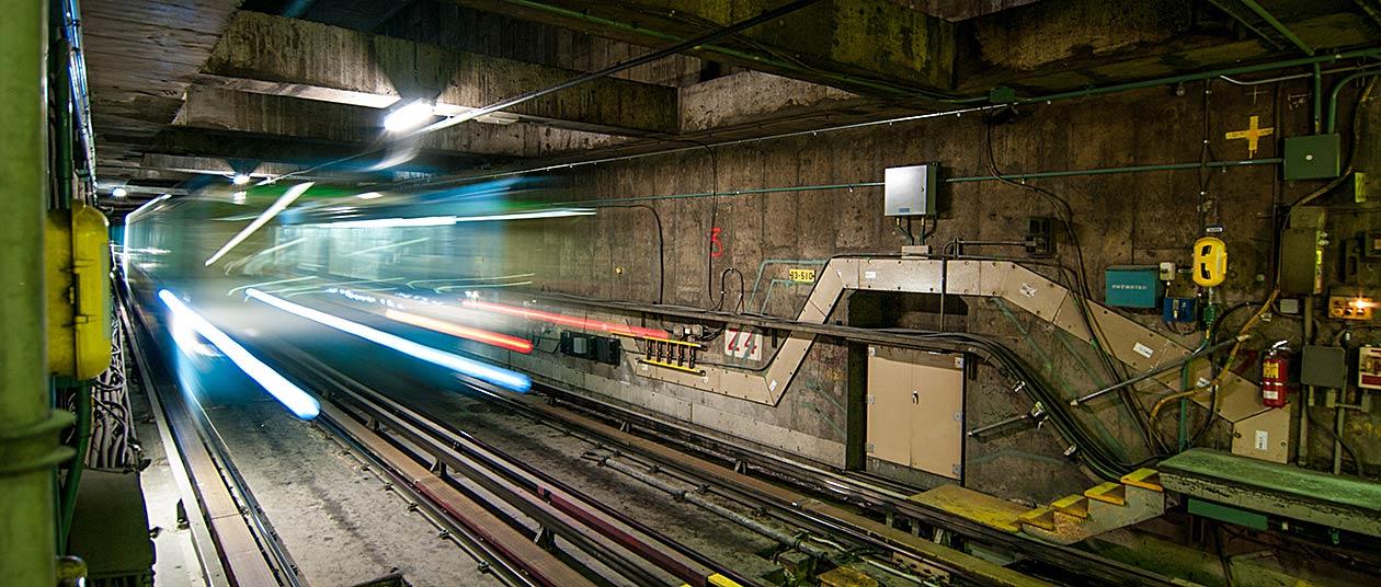 Montreal-Metro-Wider